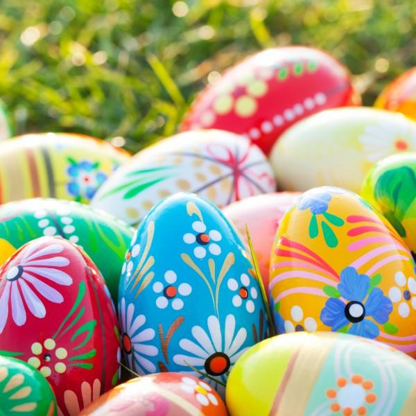 20 Cocktailservietten Vibrant Eggs – Gemalte Muster auf Eier 24x24cm